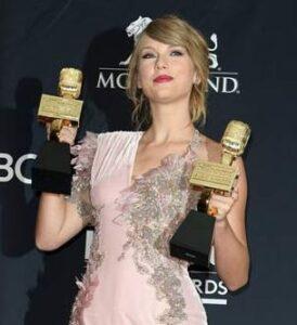 Billboard Music Awards taylor swift